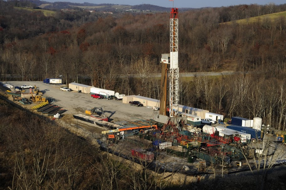 Gas drilling and coal, southwest, Pa., Nov. 2010 084.jpg