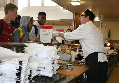 serving on reusable trays at Bishop O'Dowd High School