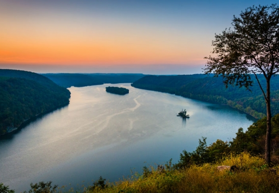 View of the Susquehanna at sunset. Photo credit: Jon Bilous / Shutterstock